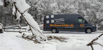 Mit uns durch den Schnee